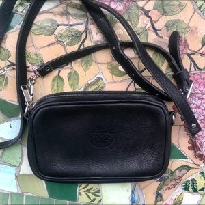Roots Crossbody and Belt Leather Bag Leather